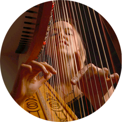 Harpist Harriet Earis